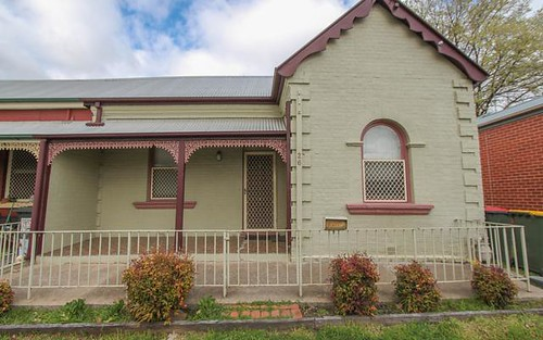 26 Lord Street, Bathurst NSW 2795