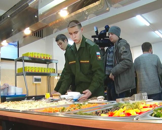 МинобороныРФ впервый раз включило вагоны-рестораны всостав воинских эшелонов