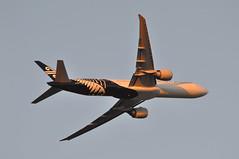 NZ0001 LHR-LAX-AKL (A380spotter) Tags: takeoff departure climb climbout belly boeing 777 300er zkokm 2013livery wordmark newzealandwayfernmark whiteversion airnewzealand airnz anz nz nz0001 lhrlaxakl krissowersbytypographer designworks runway09r 09r london heathrow egll lhr