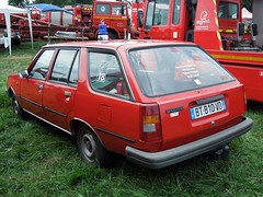 RENAULT 18 TL Break VLR  (1986) (xavnco2) Tags: red france cars station wagon rouge fire automobile estate autos rosso feuerwehr bomberos nord brigade incendie pompiers vigilidelfuoco sapeurspompiers vhicules rtsb secbois