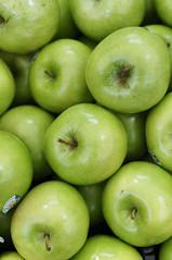 fruit market ii: green apples (Seakayem) Tags: green apple fruit 50mm minolta sony markets apples canberra grannysmith slt belconnen f17 a55 belconnenfreshfoodmarkets