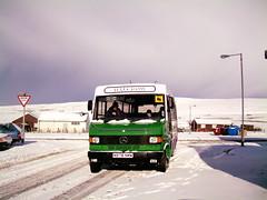 Halcrow's N978NMW (Peter Spasov's Transport Website) Tags: snow shetland mercedez mercedezbenz sandwick snowbus cunningsburgh halcrows halcrow mercedezbenzvario n978nmw n30acj jdshalcrow