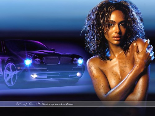 Pin-up Car Wallpaper 2005