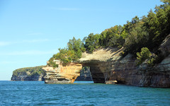 Everchanging Panorama At Pictured Rocks National Lakeshore (12) (Robert F. Carter Travels) Tags: michigan arches greatlakes nationalparks lakesuperior sandstonecliffs munising picturedrocksnationallakeshore rockarches