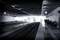 Noon (subadei) Tags: barcelona station train canon rebel spain sigma noon xs 30mm