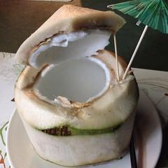 มะพร้าวอ่อน | Young Coconut @ โรสวูดส์ | Rosewood