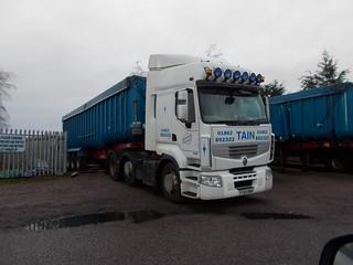 DSCN4629.SY60 BMO Renault Premium 460 Bannerman transport Tain