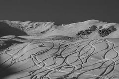 Maniva (el_mo) Tags: sky white mountain snow black ski alps fog clouds fun track skiing over foggy tracks alpine monte alpinismo montagna corna prealps maniva dasdana blacca desdana