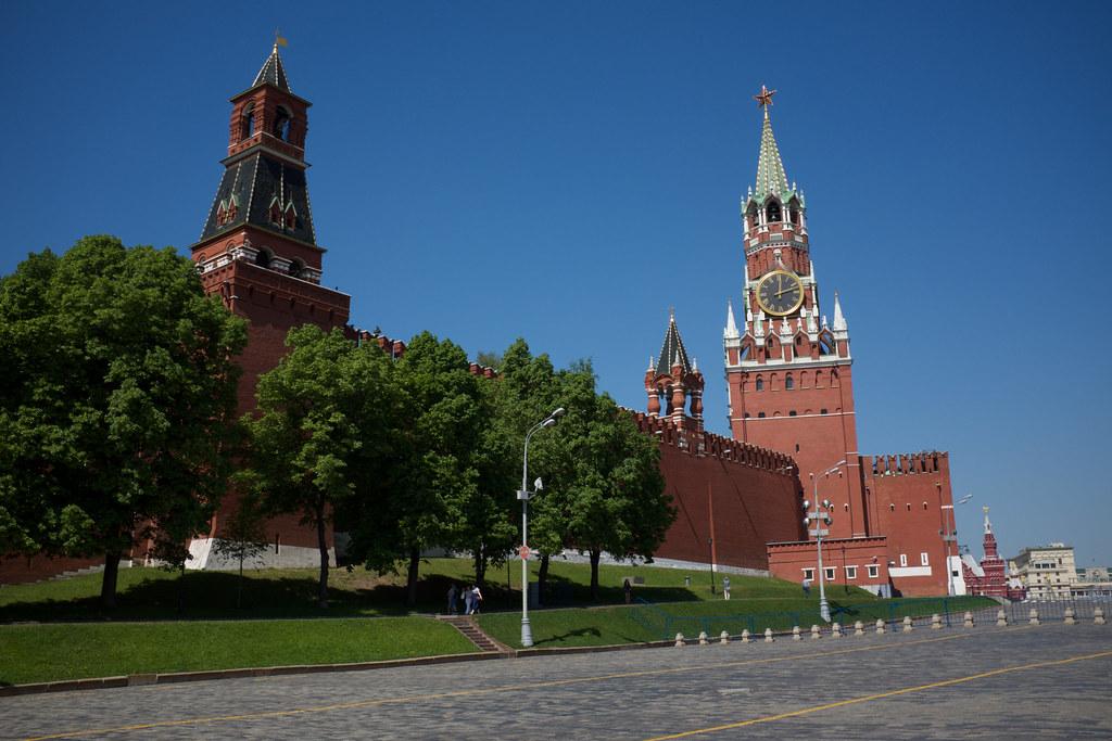 фото: Kremlin clock tower / Часовниковата кула на Кремъл