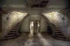 Hotel TF (andre govia.) Tags: abandoned dead photography hotel photos decay down haunted creepy horror derelict decayed decaying decayedbuildings andregovia fogottenbuildings