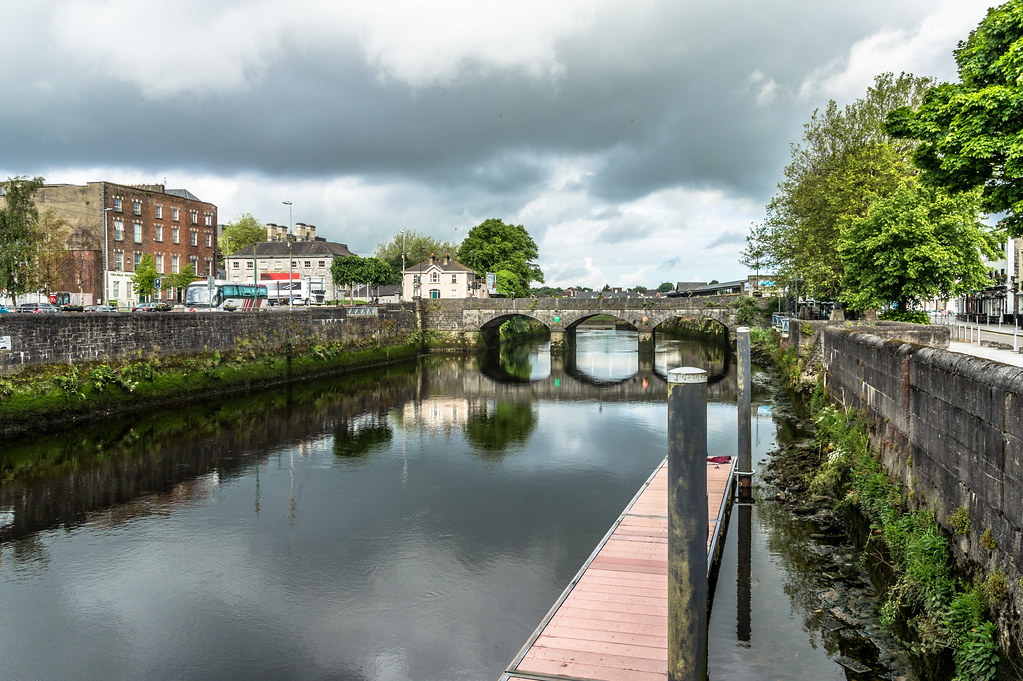 GEORGES QUAY IN LIMERICK CITY