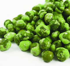 541119 (larrykauffman23) Tags: hot green snack peas spicy wasabi extra bulkfoods japanesehorseradish