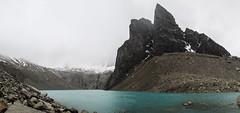 "Torres del Paine: les Torres cachées par le brouillard. <a style=""margin-left:10px; font-size:0.8em;"" href=""http://www.flickr.com/photos/127723101@N04/29929131780/"" target=""_blank"">@flickr</a>"