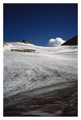 auf dem kleinfleikees (fluffisch) Tags: fluffisch austria krnten heiligenblut alps leica leicam6 summiluxm35f14 preasph summilux 35mm f14 rangefinder messsucher analog slide dia fuji astia astia100