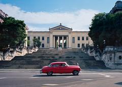 Streets of Havana - Cuba (IV2K) Tags: havana habana habaneros lahabana cuba cuban kuba caribbean sony sonyrx1 universityofhavana centrohavana