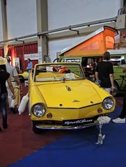 Amphicar_DSCN4428 copy (darioalvarez) Tags: cochesclsicos oporto portugal octubre2016 exponor autoclssicoporto2016 amphicar cochedeportivo cochebote amarillo
