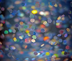 SloMo Glitter (Sea Moon) Tags: sparkles glitter glittery fluid lamp oil rainbows holographic colors shiny confetti abstraction metallic