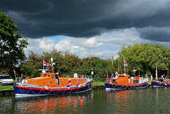There Be A Storm A-Coming... (curly42) Tags: lifeboats waterway canal sauljunction gloucestersharpnesscanal stormclouds boats