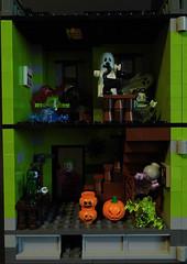 02-Modular Monster House MOC Halloween Edition front view_left (fuggoo) Tags: zombie zombies legozombie lego moc modular monster monsters house halloween pumpkin marilyn monroe elvis presley joker ghost ghosts ghostbusters