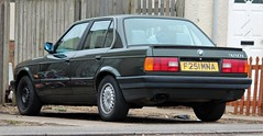 F251 MNA (1) (Nivek.Old.Gold) Tags: 1989 bmw 320i 4door beechwood warrington