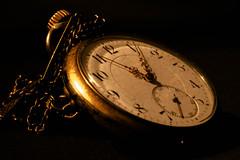 Analogue/Grandpa's old watch (camillagarin) Tags: fs161113 fotosondag analog