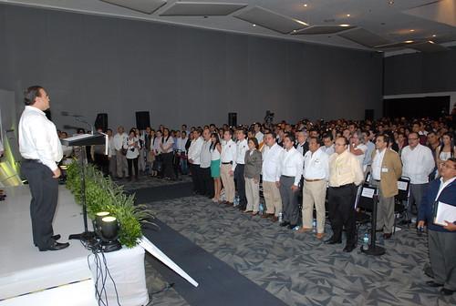 """El gobernador Javier Duarte de Ochoa inauguró el Foro PYME """"Si es de Veracruz, es tuyo"""" 6"""