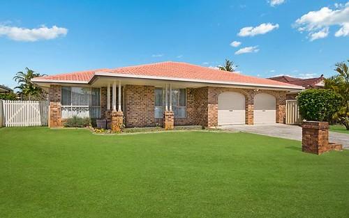 8 Kookaburra Court, Yamba NSW 2464
