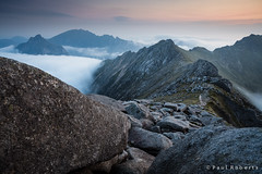 Morning clouds on Goat Fell [IMG_3120] (GammyKnee) Tags: mist mountain clouds landscape scotland rocks rocky peak summit arran 1740 corbett goatfell ayrshire 5dii