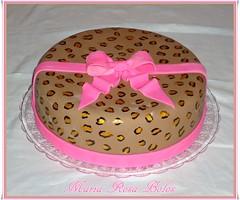 Bolo oncinha (Maria Rosa Bolos) Tags: pink bolo laço oncinha