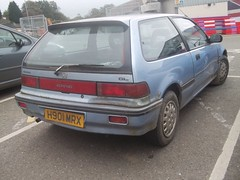 Honda Civic (occama) Tags: old uk blue car honda cornwall shuttle civic damaged 1990 gl h910mrx