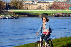 Cracow Cycle Chic (elovelos) Tags: bicycle cyclists most kraków cracow wisła rower jesień kobieta krakoff rowerzyści cyclechic dębnicki bulwary