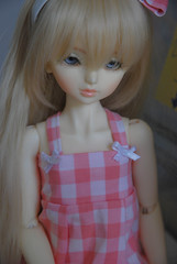 Pink. (Dave/Skrmsli) Tags: pink girl eyes blond bjd yolanda msd trude leeke dikadoll dkdoll