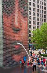 Crown_Fountain_0833 (RiendH2O) Tags: chicago fountain milleniumpark fontaine crownfountain
