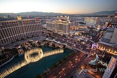 Las Vegas (Rolandito.) Tags: las vegas light usa paris tower night america lights dusk united nevada eiffel nv strip states nightfall
