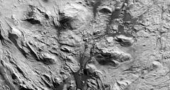 ESP_016731_1755 (UAHiRISE) Tags: mars nasa mro jpl universityofarizona landscape geology