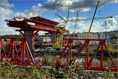 Mersey Gateway Project ( New MSS (Webster) & Southern approach viaduct  Astmoor / Bridgewater Junction Runcorn) 2nd October 2016 (Cassini2008) Tags: merseygatewayproject msswebster merseylink runcorn bridgeconstruction manchestershipcanal johnsutchcranes