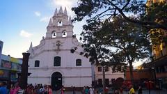 Templo de la Veracruz (David_Fernando) Tags: medelln colombia urban development socialproject colombiano