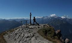 coucou c'est moi :) (bulbocode909) Tags: valais suisse pierreavoi montagnes nature paysages nuages bleu