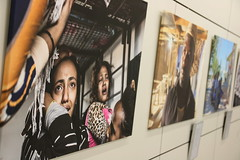 Impressionen aus der Ausstellung (apbtutzing) Tags: migration flucht staatszerfall nordafrika afrika libyen kriminalität europa eu grenzen mittelmeer fotos foto fotografie krieg krise ausstellung tutzing akademie akademiefürpolitischebildung politischebildung politik kultur