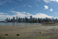 DSC09014 (sylviagreve) Tags: 2016 emma stanleypark tom vancouver seawall