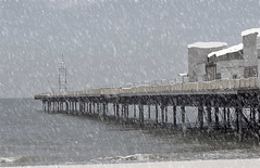 Winter in Colwyn (Gill Stafford) Tags: gillstafford gillys image photograph wales northwales conwy colwynbay pier derelict winter snow weather