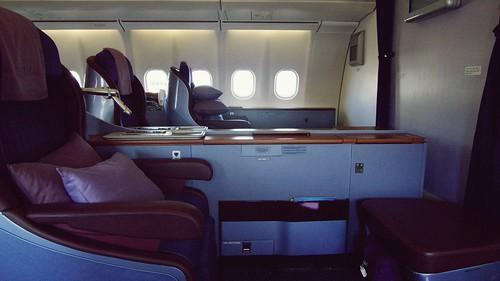 Onboard A340 First Class - Thai