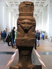 UK - London - West End - British Museum - Boat of Queen Mutemwia (JulesFoto) Tags: uk england london westend britishmuseum ancientegypt sculpture sacredboat