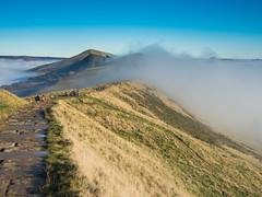 Castleton 261116-6058 (RobinD_UK) Tags: mam tor castleton peak district edale temperature inversion clouds