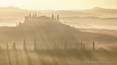 Belvedere Rays (Panorama Paul) Tags: paulbruinsphotography wwwpaulbruinscoza belvederevilla valdorcia pienza tuscany italy sunrise fog mist nikond800 nikkorlenses nikfilters