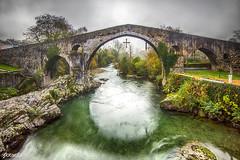 Puente romano (arribamarcos) Tags: puenteromano cangasdeonis asturias agua niebla largaexposicin haidand1000