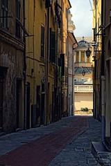 Carruggi (Fabio Zenoardo Photography) Tags: light canon torino landscapes liguria fabio sanremo urbanscape imperia urbanscapes panorami seamare zenoardo fabiozenoardo