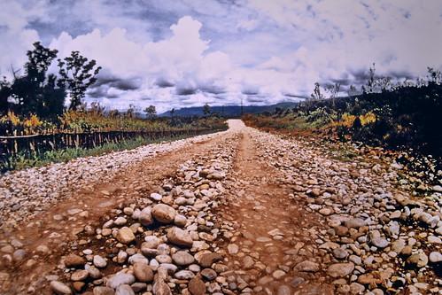Western New Guinea - Baliem Valley Road