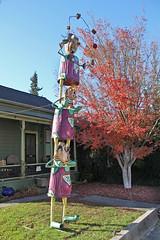 The AmaZing Z Brothers (skipmoore) Tags: sculpture junk juggling acrobats sebastopol patrickamiot brigittelaurent