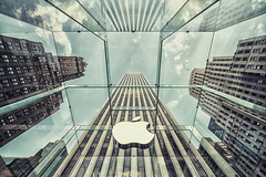 Apple (CARLORICCI) Tags: nyc usa ny newyork clouds america reflections nikon manhattan perspective carlo 12mm sigma1224mm d800 copyright statiunitidamerica carloricci riccarlo carl ocarlo